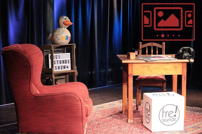 """Impressionen vom ersten Technik-Chek im Paul-Theater für das neue Online-Format """"Freistunde Show"""" anzeigen ..."""