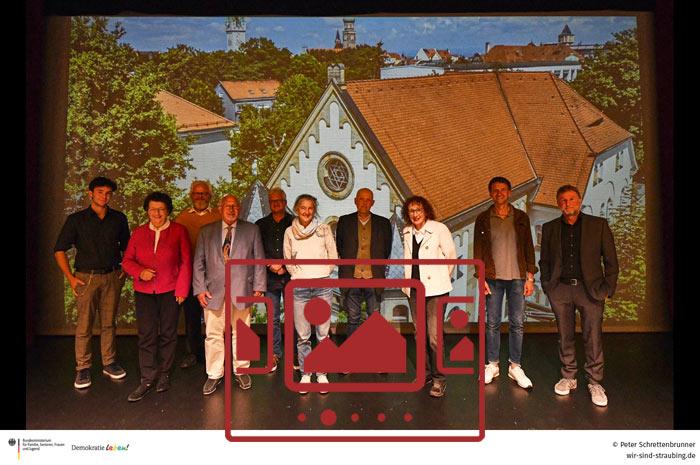 Impressionen von der Film-Premiere am 30.09.2021 im Theater am Hagen - Straubing